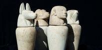 Firavun'un tapınağında mezar bulundu