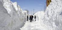 9 metre kar yağdı!