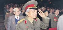 Vietnam'ın kurtarıcısı öldü