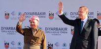 Barzani'den barışa destek!