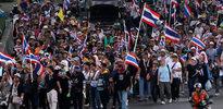 Tayland'da gösteriler yayılıyor