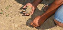 99 yıl sonra topraktan şehitlerin kemiği fışkırdı