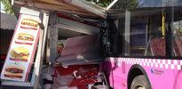 İETT otobüsü iskeleye girdi