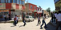 Esnaf PKK'lıları kovaladı