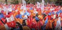 Paralel örgütten AK Partili adaylara provokasyon timi