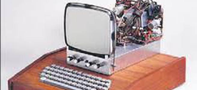 Çöpten çıkan antika Apple'a 200 bin $