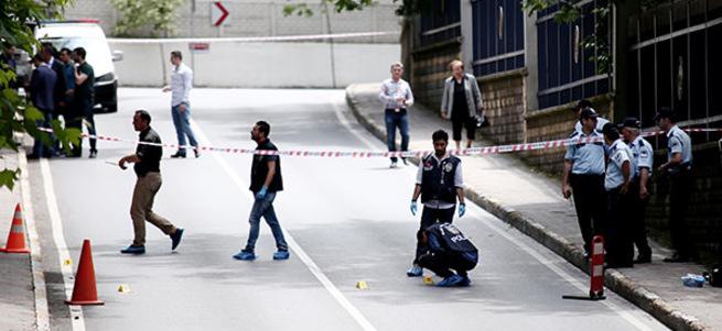 İstanbul'da emekli albay ve eşine silahlı saldırı