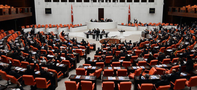 54 yıl sonra 3 Ermeni aday milletvekili oldu