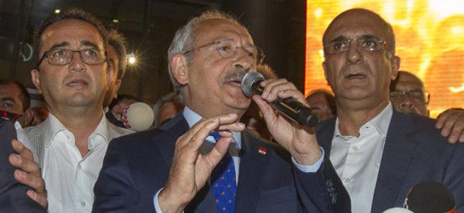 Kılıçdaroğlu'ndan iki sürpriz mesaj