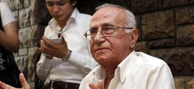 Gazeteci Cüneyt Arcayürek vefat etti