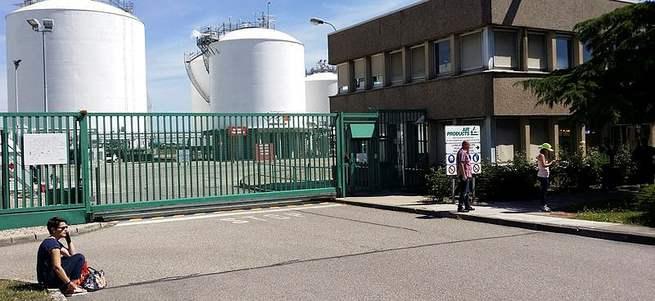 Fransa'da fabrika baskını: 1 kişi kafası kesilerek öldürüldü