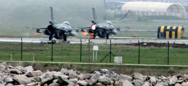 TSK teyakkuzda! Diyarbakır'a savaş uçağı takviyesi!