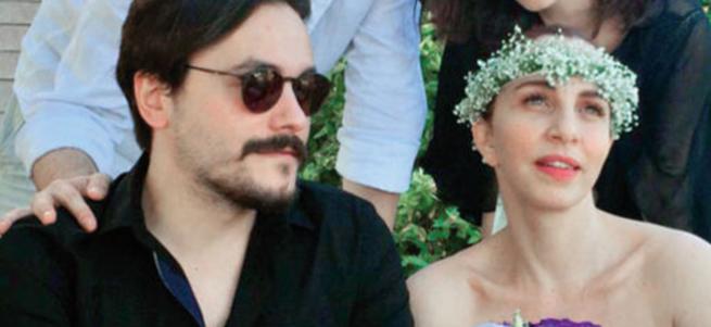 Sertab Erener ile Emre Kula evlendi