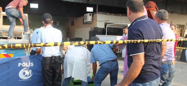 Minik çocuk yol süpürme aracının içinde öldü