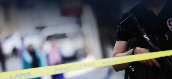 İstanbul'da polise bombalı ve silahlı saldırı