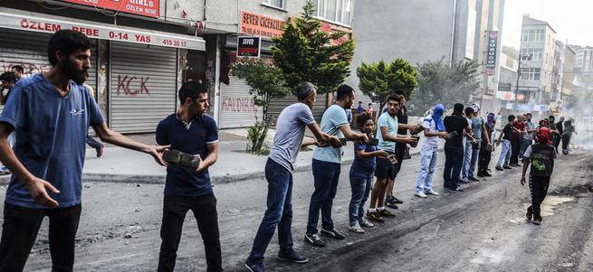 Gazi Mahallesi'nde imece usulü sokak terörizmi