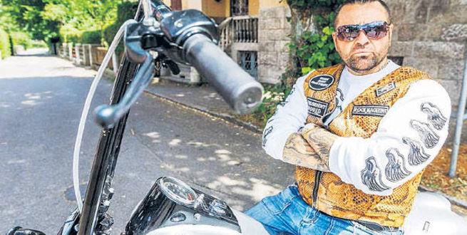 Almanya'nın ilk Türk polisi motosiklet çetesi lideri oldu