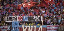 Trabzonlu futbolcular golden sonra asker selamı verdi