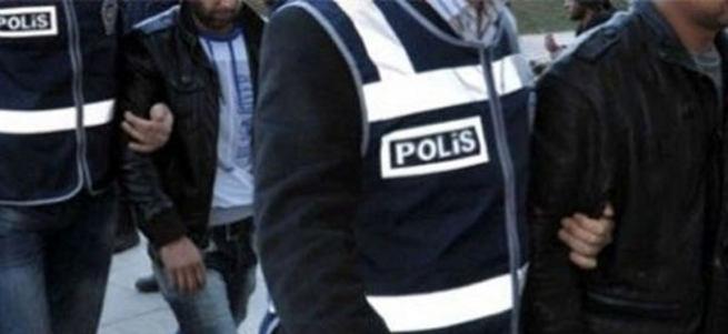 Diyarbakır'da belediye eşbaşkanları gözaltına alındı