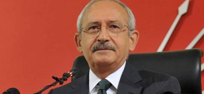 CHP'liler Kılıçdaroğlu'nun önünde küfürlü yumruklu kavga etti