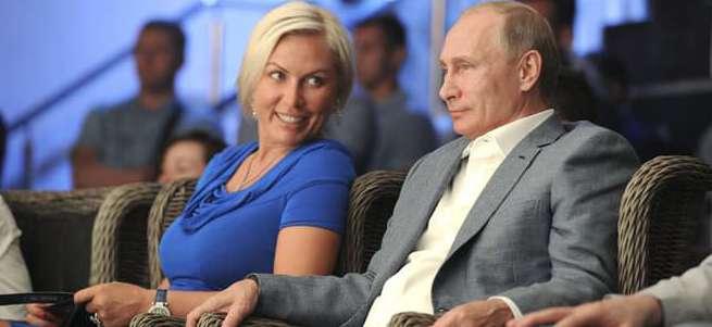 Putin'in yeni sevgilisi boks şampiyonu Natalia