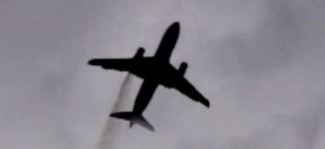 Uçakta yangın: 14 yaralı