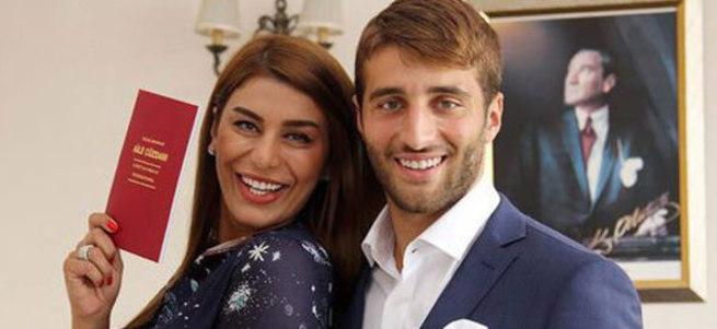 Ebru Şancı ile Alpaslan Öztürk evlendi