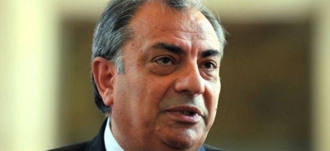 Tuğrul Türkeş MHP'den istifa etti