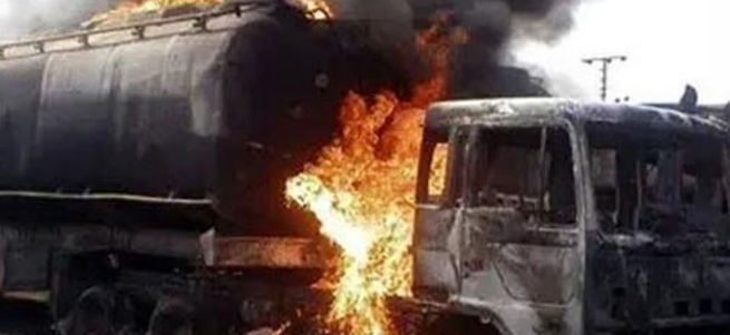 Güney Sudan'da tanker kazası: 176 ölü
