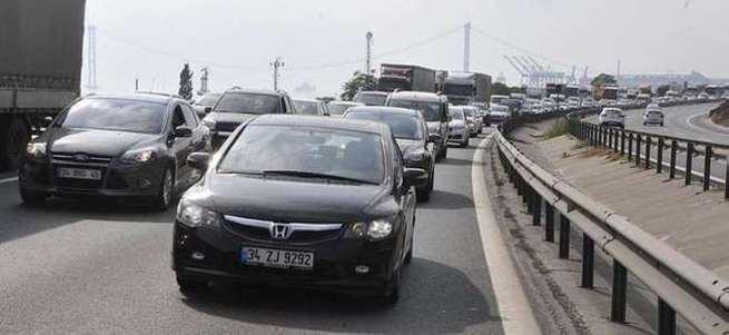 TEM otoyolunda trafik kazası: 8 yaralı