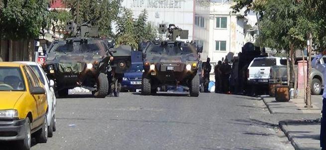 Diyarbakır'da çatışmalar şiddetlendi