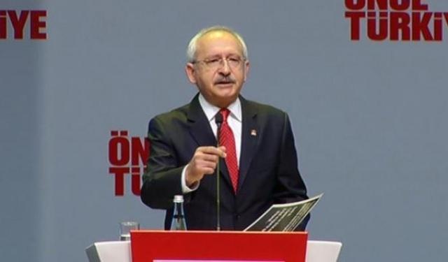 Kılıçdaroğlu CHP'nin seçim bildirgesini açıklıyor