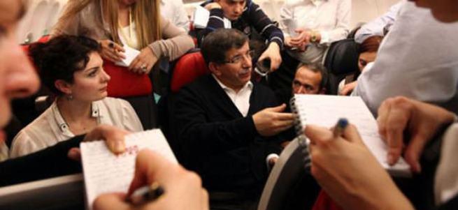 Davutoğlu uçakta açıkladı! Türkiye'ye garip teklif