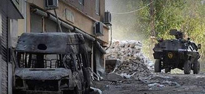 Silvan'da teröristlere ev ev operasyon