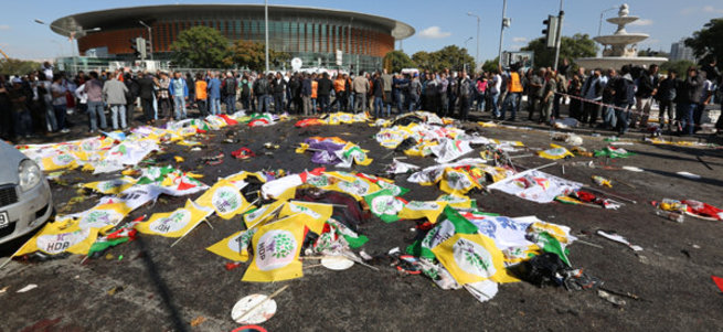 Ankara'daki terör saldırısında ölen 77 kişinin isimleri açıklandı