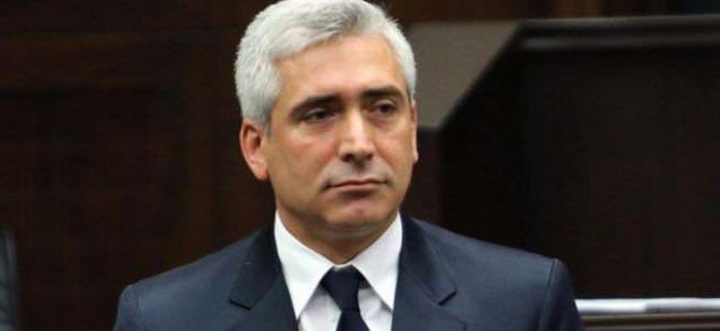 Galip Ensarioğlu'nun koruması vuruldu