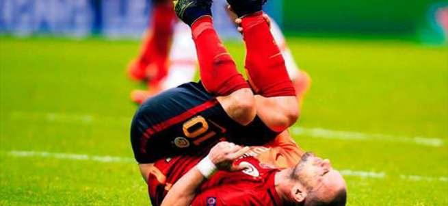 Sneijder'i doğradılar