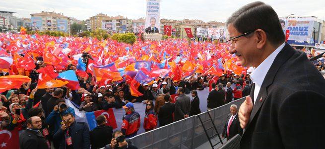 Davutoğlu: Yeni Türkiye güneşi doğuyor