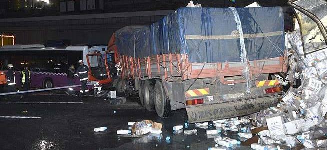 İstanbul'da zincirleme kaza