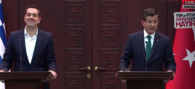 Davutoğlu - Çipras ortak basın açıklaması yapıyor