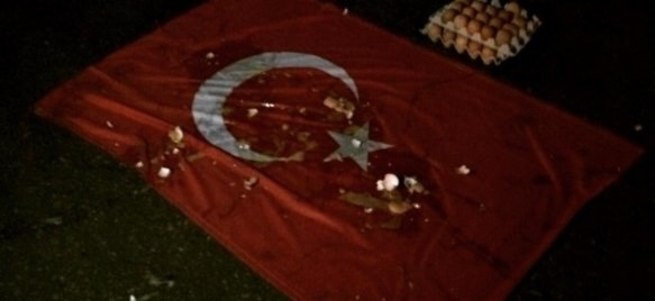 Rusya'da Türk bayrağına çirkin saldırı