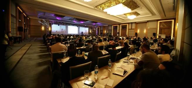 SEOzone'15 En İyi Dijital Pazarlama Eğitimlerini Sunuyor