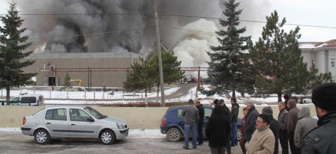 Çankırı'da et entegre tesisinde yangın çıktı