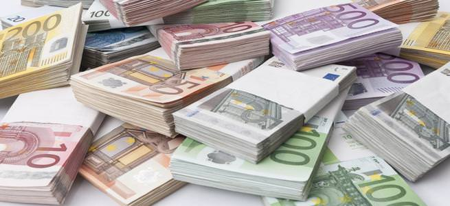 Türkiye, 2 yıl içinde 'EURO'ya geçiyor