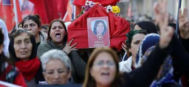 Öldürülen kadın teröristin babası: Kızım vatan haini