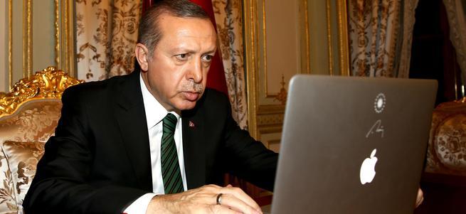 Apple'dan Erdoğan'a özel MAC