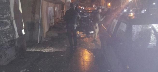 Diyarbakır'da polise bombalı saldırı kamerada