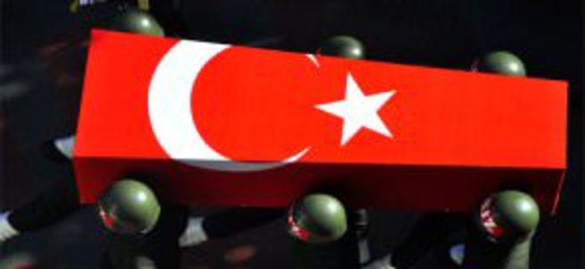 Şırnak'ta sivil askere hain saldırı