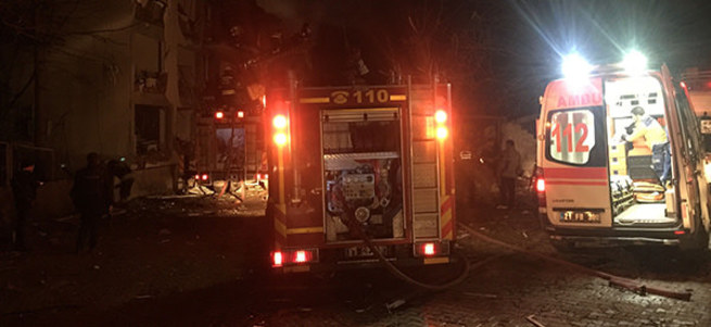 Diyarbakır'da terör saldırısı: 6 ölü, 38 yaralı