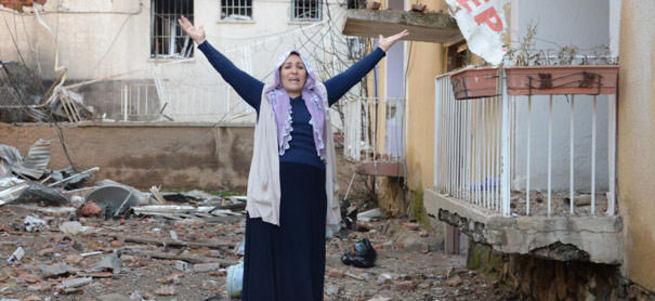 Diyarbakırlı kadın PKK'ya isyan etti